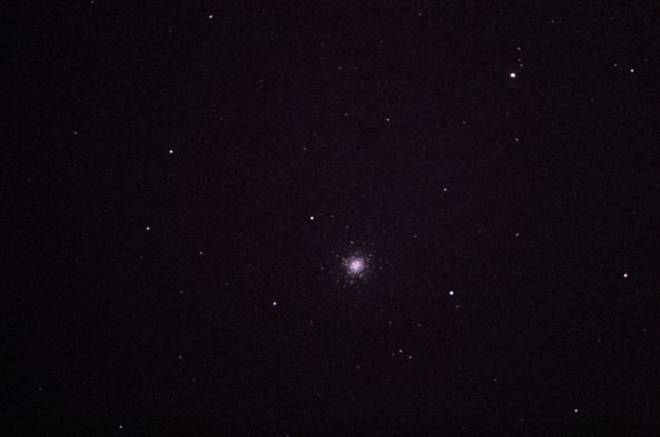 Globular Cluster, type VI, in Canes Venatici Right Ascension (2000.0): 13:42:11.2 (h:m:s) Declination (2000.0): +28:22:34 (deg:m:s) m_v: 6.3 (mag) Dimension: 18.00 (arcmin) Cross Identifications: M 3, GCL 25